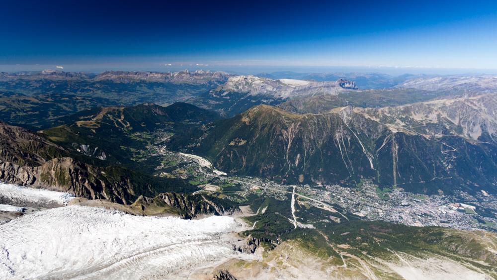 La vallée de Chamonix vu de l'Aiguille du midi