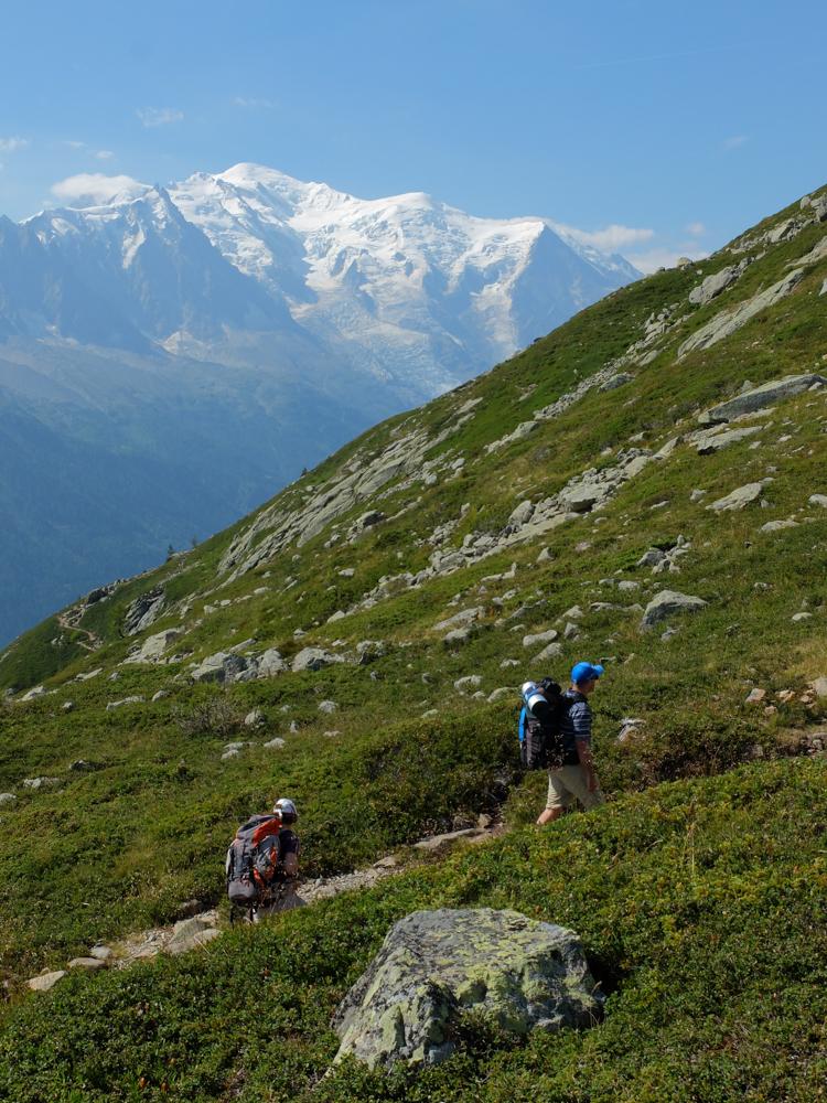 La montée au Lac Blanc depuis le Col des Montets